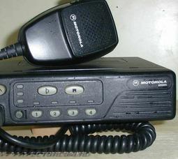 Motorola GM-350(U)  речн. диапазон5-25Вт,12,5/20/25кГц 300-350 МГц, 128каналов - фото 1