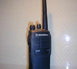 Motorola GP-340 (V)/(U)1-5 / 1-4Вт,12,5 / 20 / 25кГц,136-174 / 403-470 МГц, 16каналов - фото 1